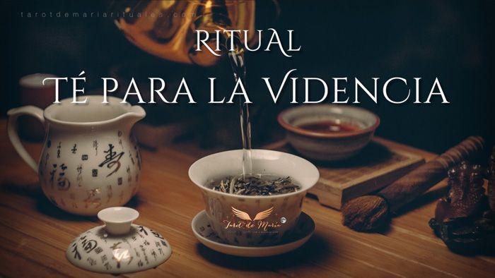 Te doy la Receta de mi Ritual Té de Videncia, y te enseño a hacer una Taza DIY Harry Potter. ¡Las brujas también tienen tazas mágicas en las que relajarse!