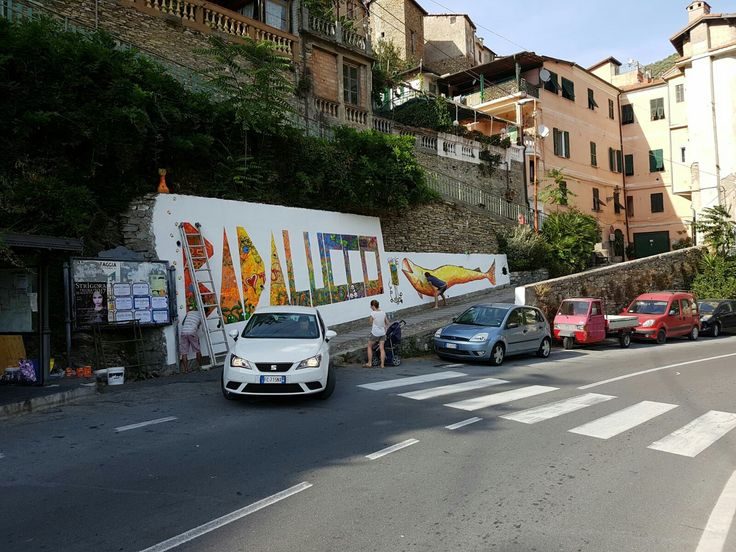 Murale a Badalucco, il paese dipinto