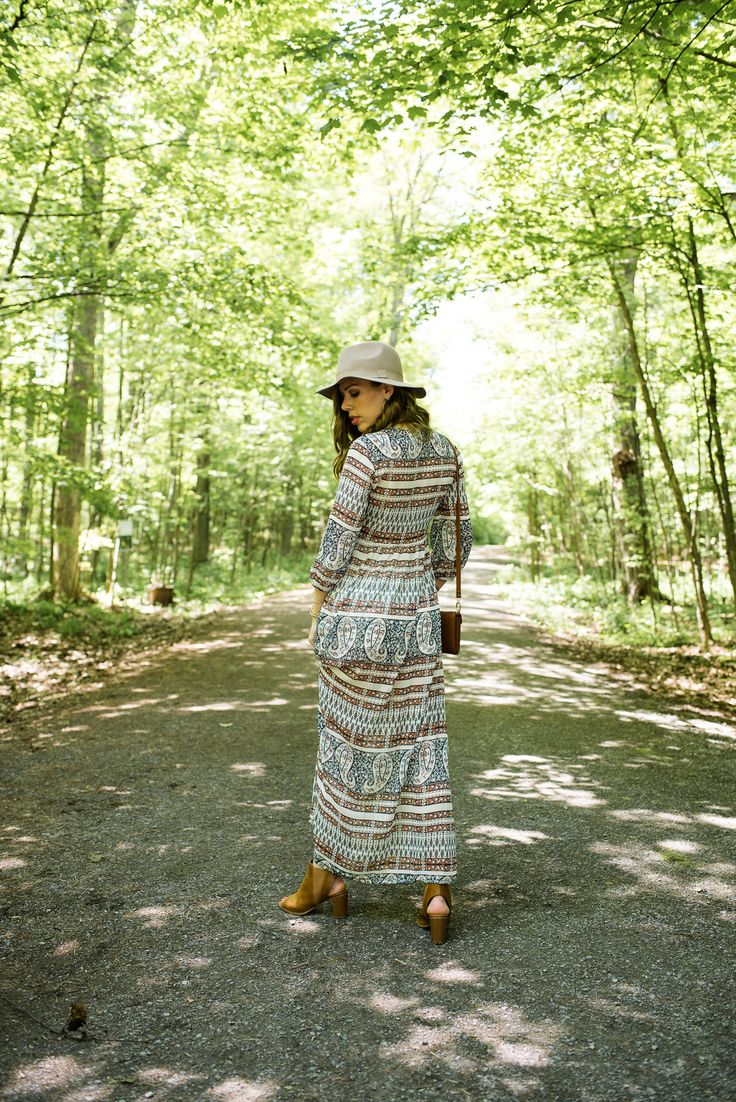 Styling your Maxi Dress for a Wine Tour.