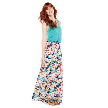 Maxi dresses and skirts for juniors