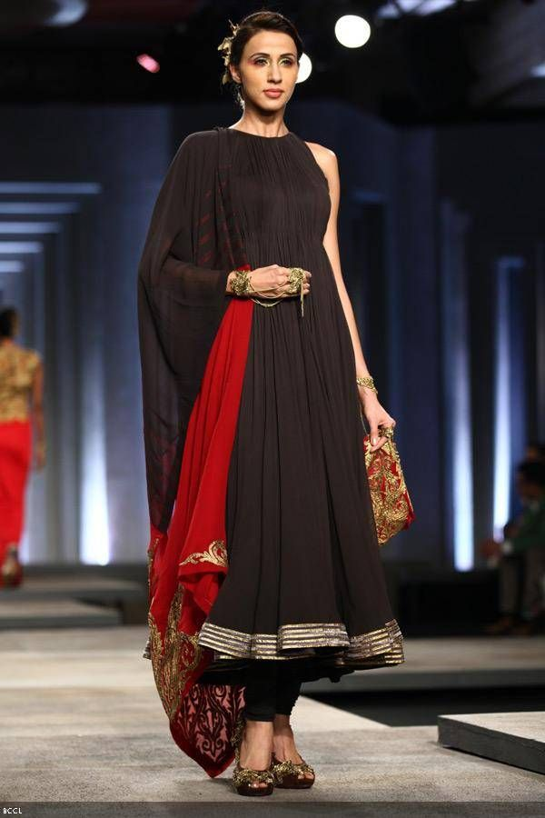 Alesia Raut showcases a creation by designers Shantanu and Nikhil on Day 1 of India Bridal Fashion Week, held in New Delhi, on July 23, 2013.
