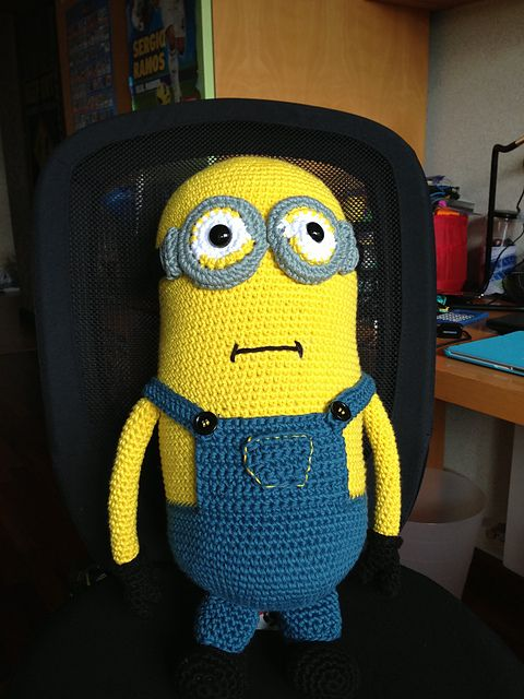 Ravelry: Hugh the Minion: my giant Minion! pattern by Teresa Alvarez