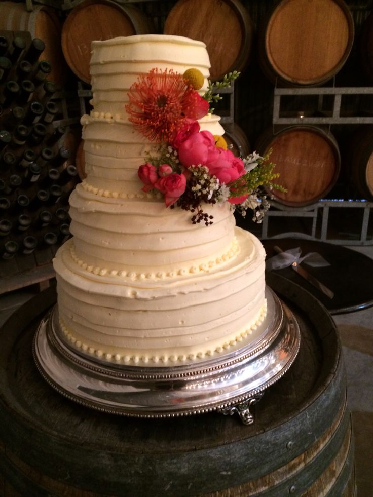 Delicious wedding cake by Clyde Park