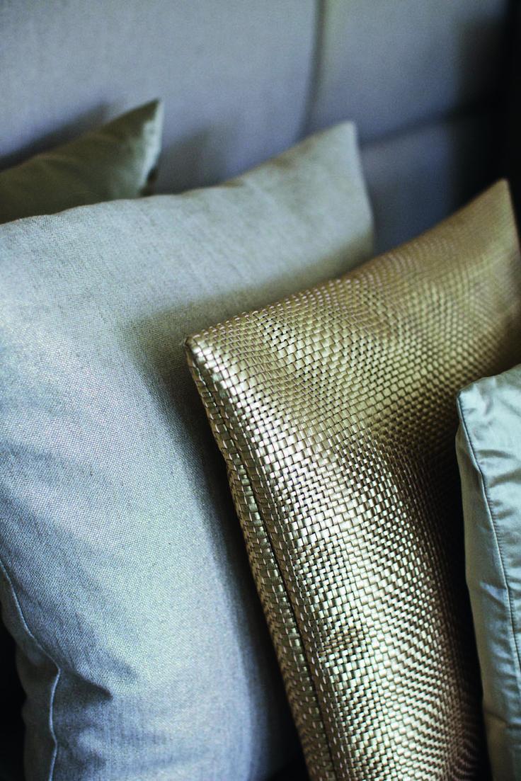 Decoration cushions