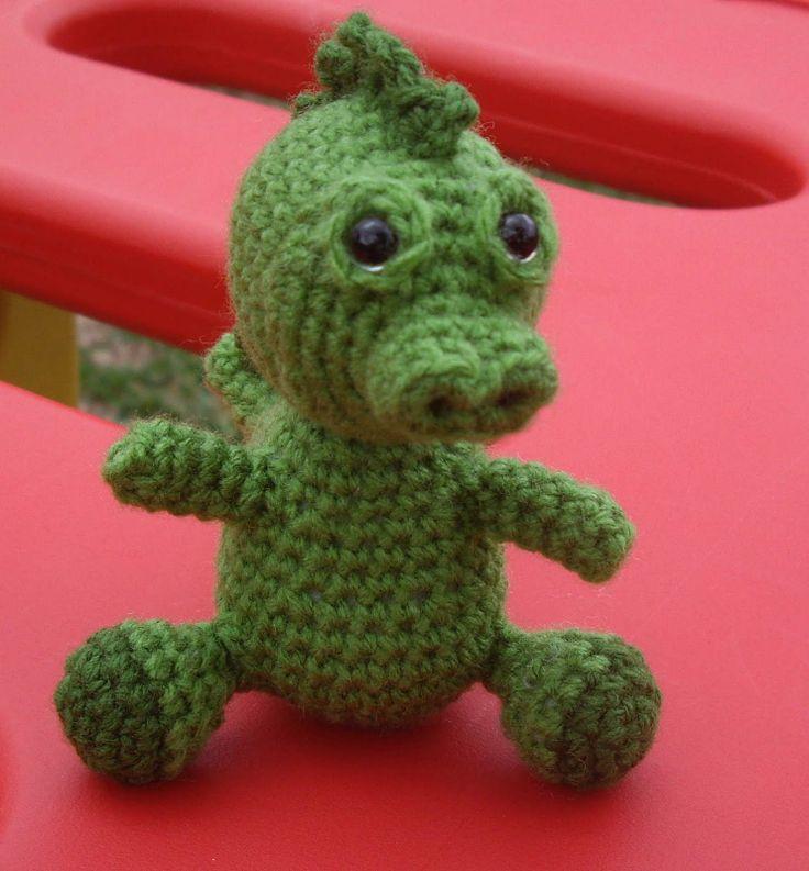 FREE Amigurumi Baby Dragon Crochet Pattern and Tutorial