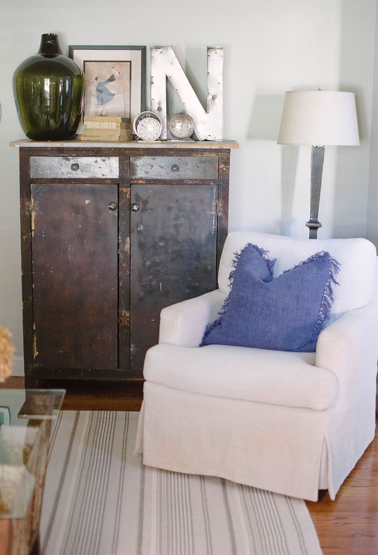Best 25 cozy chair ideas on pinterest comfy chair for Cozy accent chair