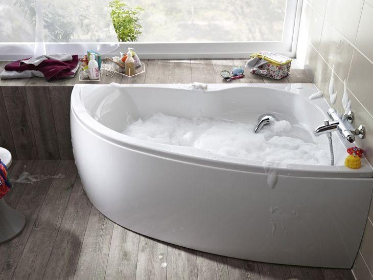 Les 25 meilleures id es de la cat gorie baignoire asym trique sur pinterest baignoire d angle - Baignoire d angle asymetrique ...