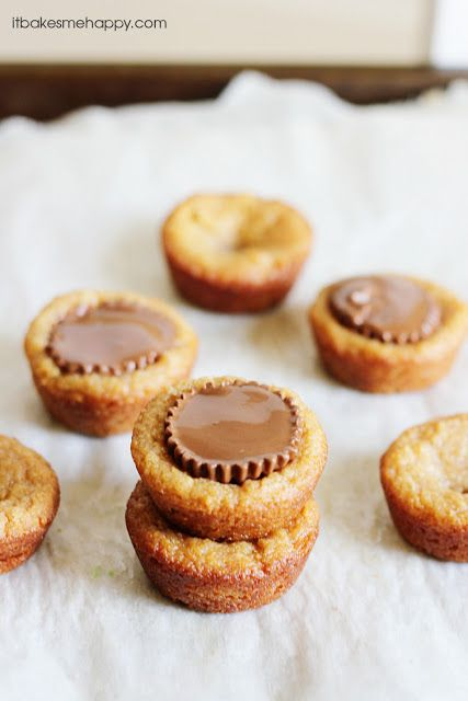 It Bakes Me Happy: Peanut Butter Cookie Cups