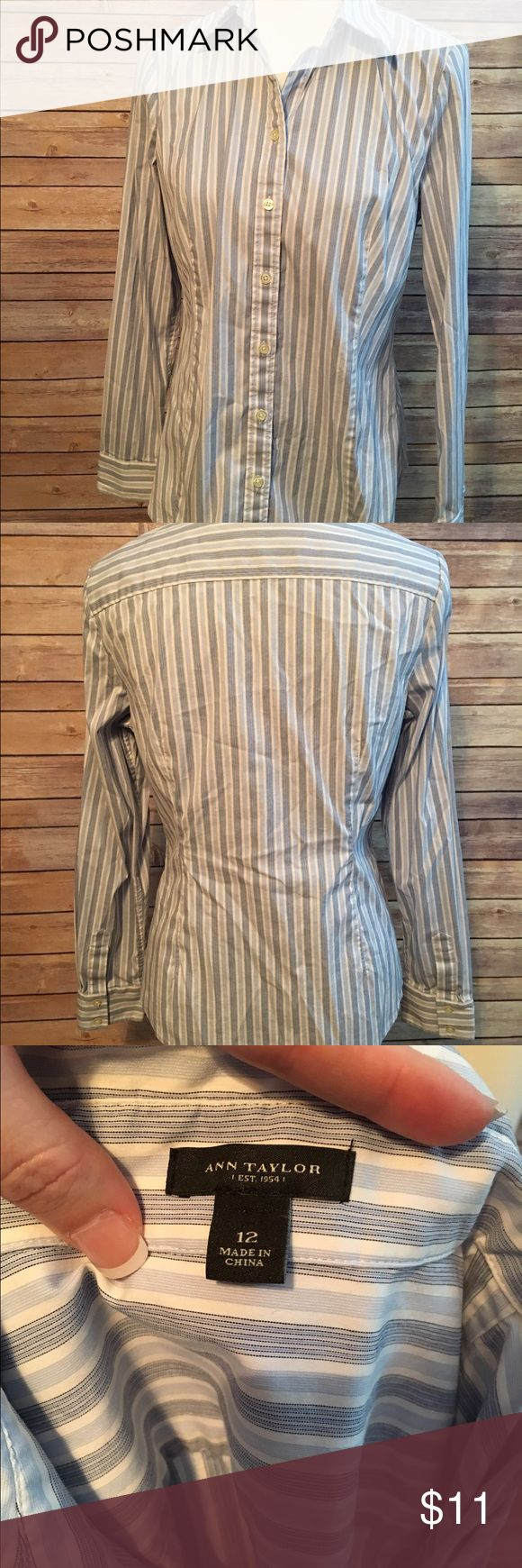 Ann Taylor Button Down Size 12 Ann Taylor // Darts in front // Flattering slim fit *entire outfit available in my closet Ann Taylor Tops Button Down Shirts