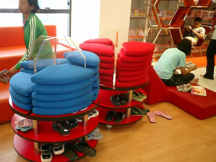 This is the ultimate flexible seating arrangement. Grab a cushion, find a spot.