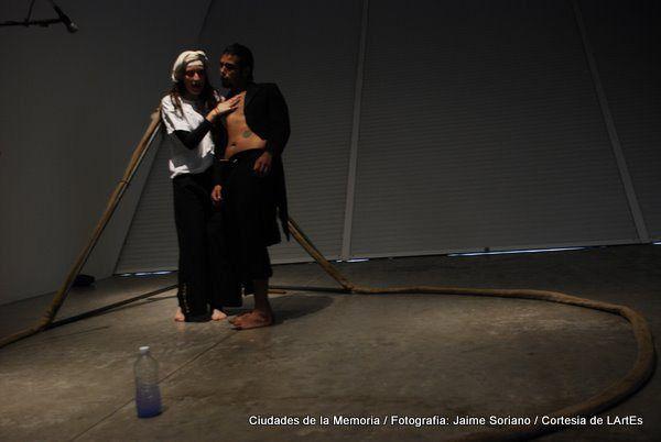"""Carlos Luque y Gisel Casas en """"Ciudades de la Memoria"""" - MUAC"""