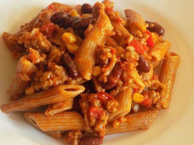 magiczna kuchnia Kasi: Chili con carne z makaronem