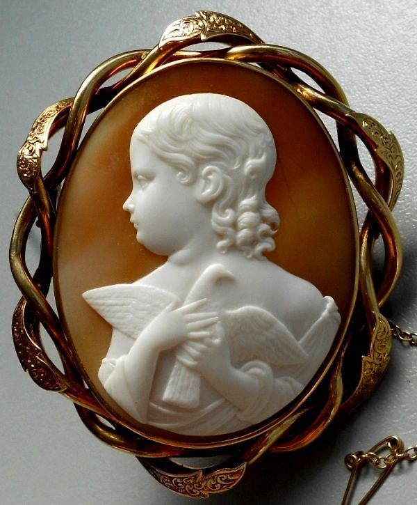 "OUSTANDING MUSEUM QUALITY VICTORIAN CAMEO OF THE ALLEGORY OF THE INNOCENCE CASED:Material: Sardonyx Shell, 15k gold tested.  Size: 2 6/8"" by 2 2/8"" only cameo is 2 1/8"" by just over 1 5/8"".  Date and Origin: Circa 1860 Italy, frame is English. Original fitted case.  