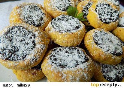 Mrkvové minikoláčky s povidly recept - TopRecepty.cz
