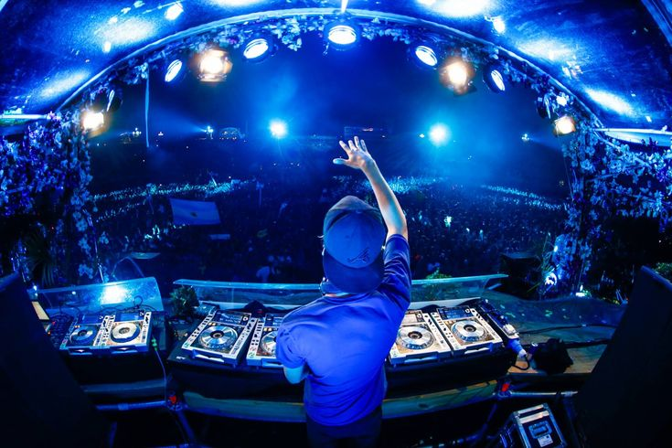 Avicii - Tomorrowland Live Set Day 2 (Stream + Download) #CounterPoint #CounterPointMusicandArtsFestival #edm #edmmusic #CounterPointmusic #avicii #tomorrowland