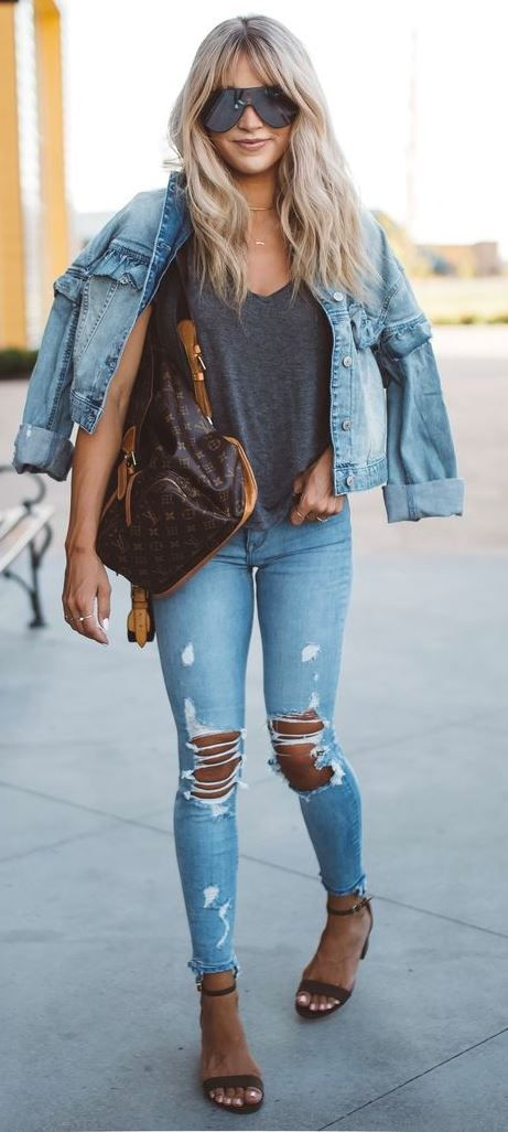 how to wear a denim jacket : t-shirt + bag + ripped jeans + heels