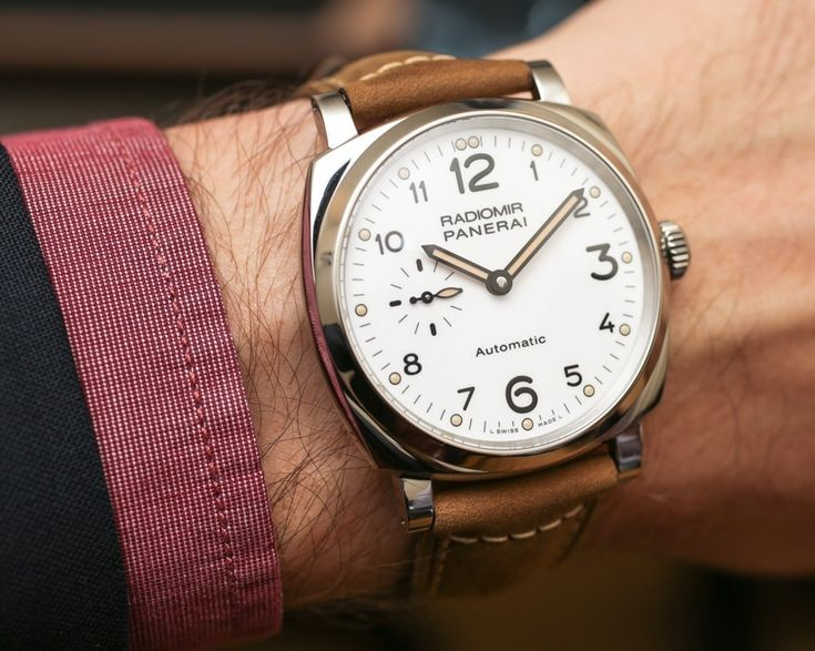 "Panerai Radiomir 1940 3 Days Automatic Acciaio Watch Hands-On - by Bilal Khan - ""...This year at SIHH, Panerai debuted four new Radiomir 1940 GMT watches (Hands-on with those here), but they also released another Radiomir 1940 watch that is actually a ""first"" for the brand. The Panerai Radiomir 1940 3 Days Automatic Acciaio (PAM00655) watch is, as our David Bredan covered here, the first white dial Radiomir..."""