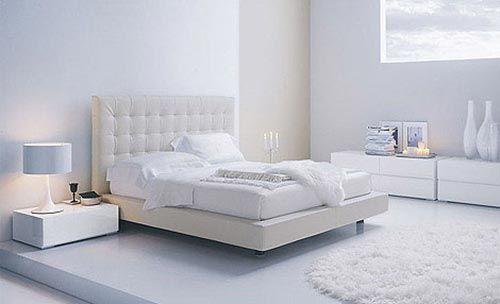 Moderne witte slaapkamer