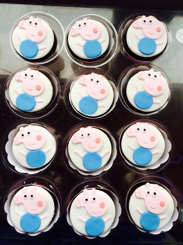 121 best olgui 39 s cupcakes images on pinterest for Missile peppa pig