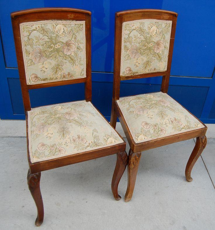 Coppia di sedie in noce deco seduta imbottita