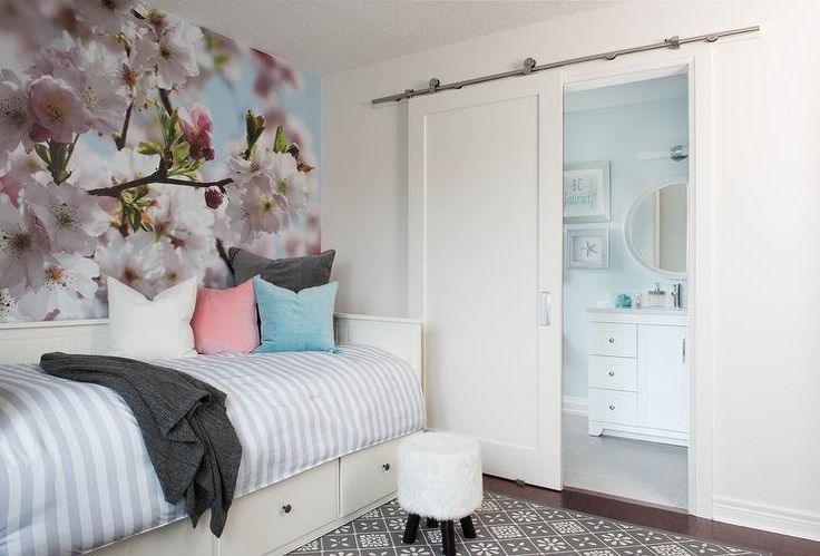 Best 25+ Daybed with drawers ideas on Pinterest | Daybed ...