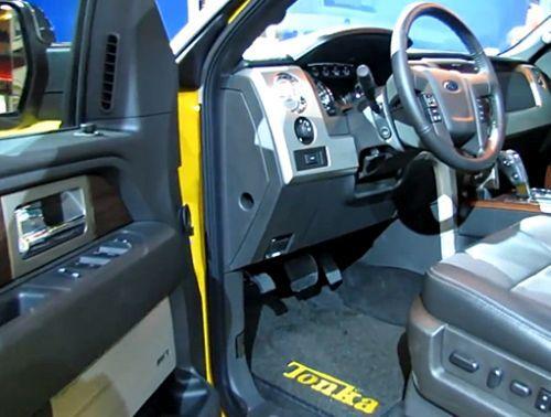 2015 Ford F-150 Tonka Edition Interior