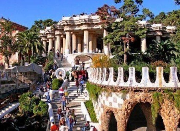 Schau dir dieses großartige Inserat bei Airbnb an: Habitación doble, gran terrasa - Häuser zur Miete in Barcelona