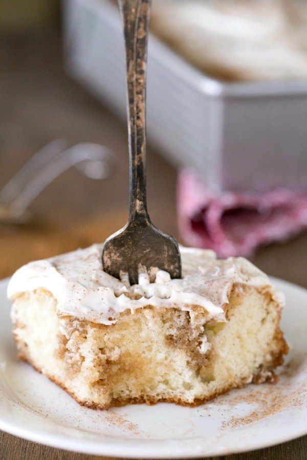 Cinnamon Roll Poke Cake | 15 Poke Cake Recipes You Need In Your Life
