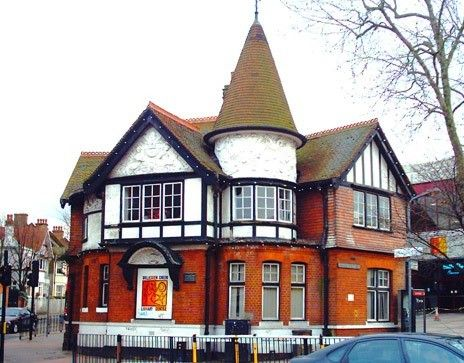 WILLESDEN LOCKSMITH, NW10 with free quote and fast response time. We offer services for domestic and commercial properties. Get the best price.