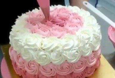 Decora una tarta ombre cake en 2 minutos… ¡Una genia!