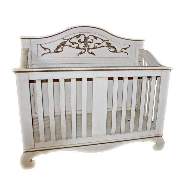 Hand-crafted Meadows Cot