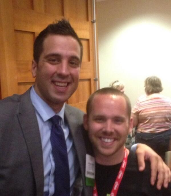 @TechNinjaTodd is meeting everyone, including George Couros.