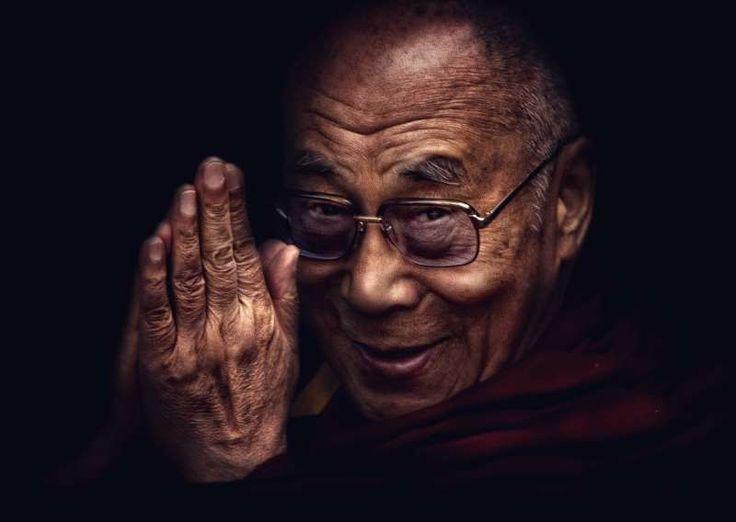 Ο Δαλάι Λάμα μιλά για το πώς πρέπει να ζεις ώστε να μην επιτρέπεις να σου «ρουφάνε» την ενέργεια.