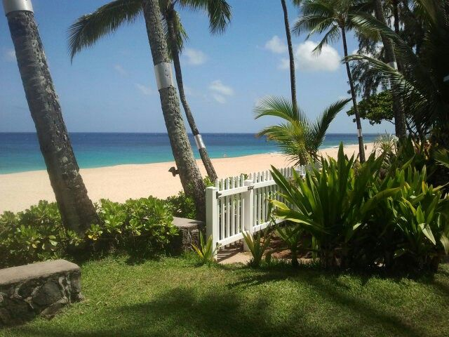 Gate to Sunset Beach. Ke Iki Beach Bungalows, North Shore, Oahu