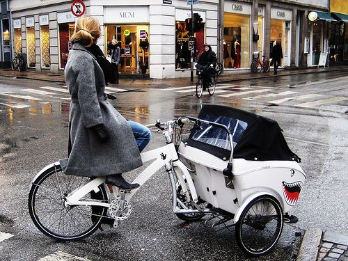 Triobike and Heels by Mikael Colville-Andersen, via Flickr