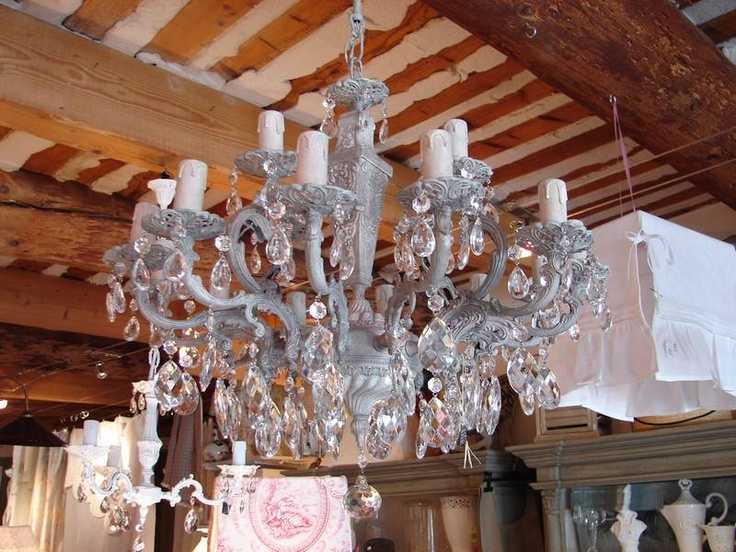 lustre pampilles patin du grenier d 39 alice shabby chic lustres pampilles chandelier. Black Bedroom Furniture Sets. Home Design Ideas