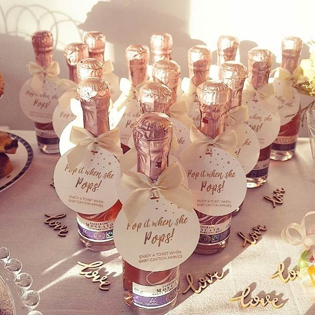 21 baby shower favors your guests will love