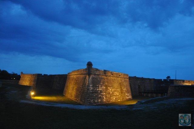 Sf. Augustine cu al său Castel San Marcos e un oraș colonial spaniol, cunoscut ca fiind cel mai vechi oraș din Statele Unite ale Americii. Vizitați-l și nu veți regreta!