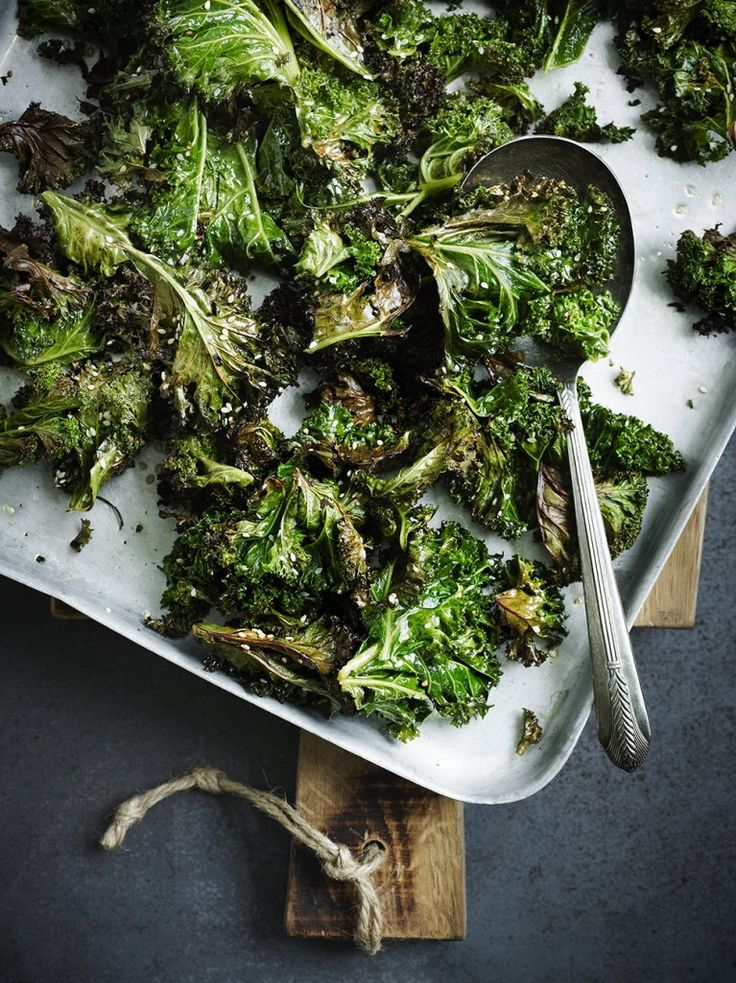 Sesame-roasted kale A good idea this,.as Kale is an excellent vegetable for health, but too chewy if steamed NB: I used precut kale, roasted 10 minutes, but it is better to cut the big leaves yourself, as in this recipe.