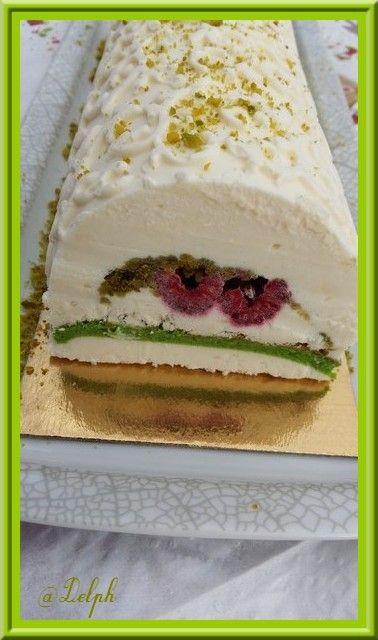 B che chocolat blanc framboises pistaches thermomix recettes de no l pinterest thermomix - Recette blanc d oeuf thermomix ...