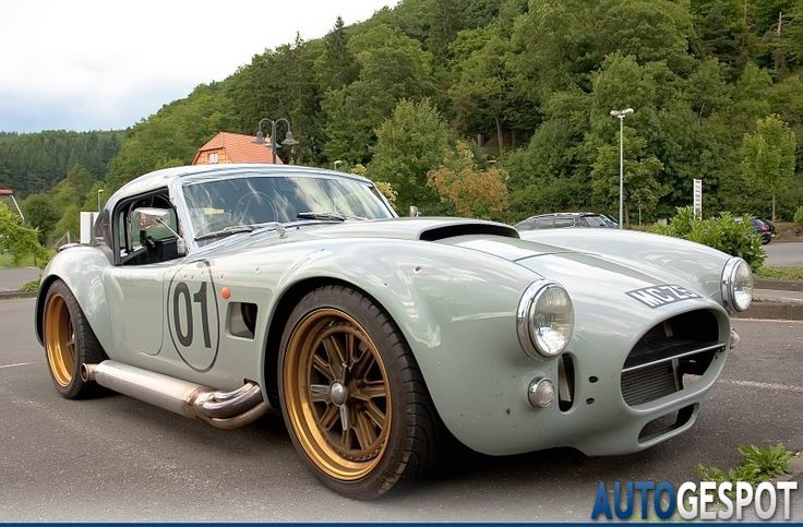 AC Cobra 427 Coupe 3