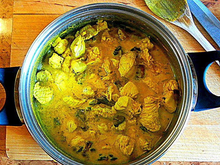 Potrawka z indyka z imbirem w sosie curry.