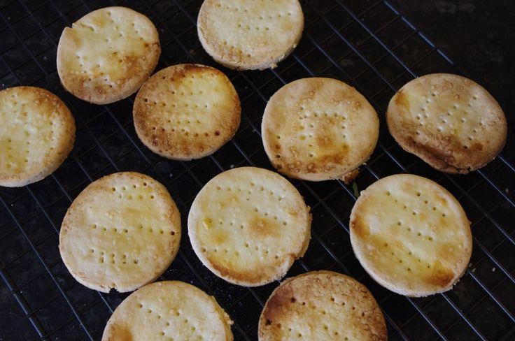 Yummy GF crackers via The Thinking Mum