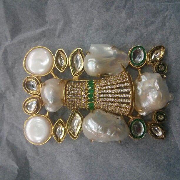 Barukh pendants