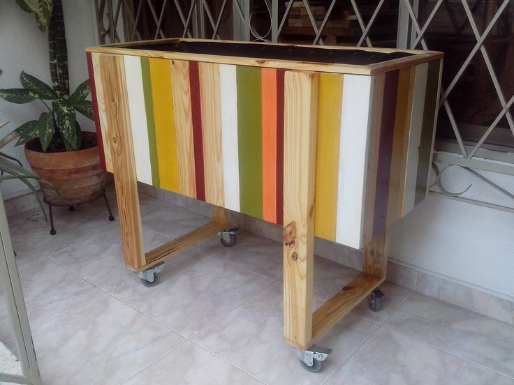 Matera decorativa reciclada de pallets (estibas)