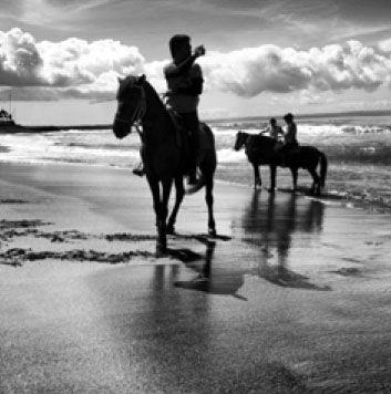 Batu Bolong Bali - Photo by Inspired Bali