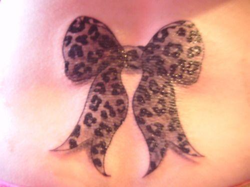OMG leopard print bows