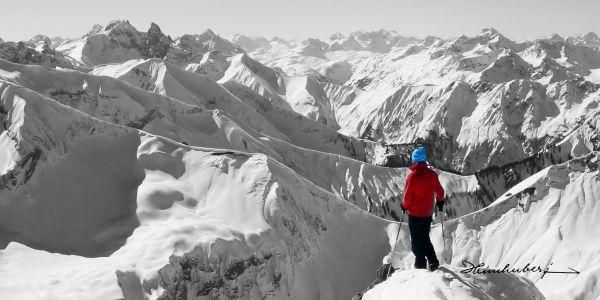 Der Bergblick 2013. Wunderschönes winterliches Bergpanorama der Allgäuer Alpen. Jetzt viele weitere Bergbilder entdecken und online bestellen!