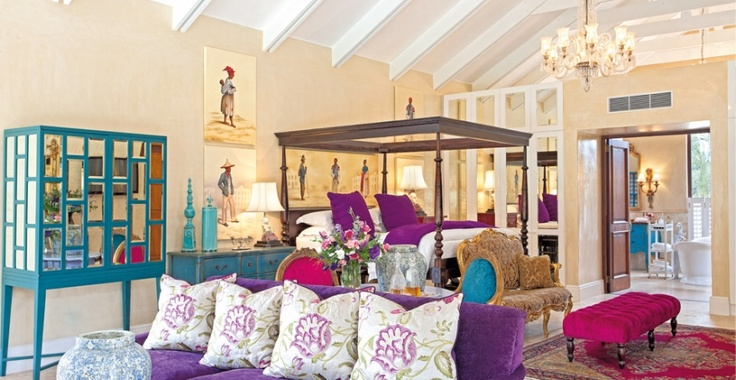 Ultra-luxury suites and elegant villas set romantically on the slopes of Franschhoek Valley