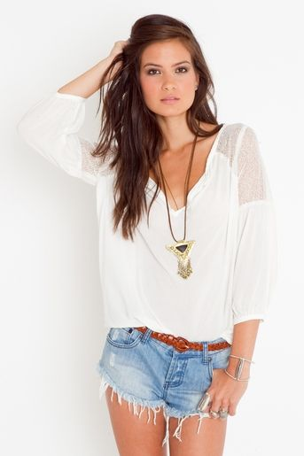 Such a cute look with jeans for spring and shorts for the summer